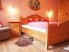 Schlafzimmer  Chalet Tyrol 2-3 P (2)
