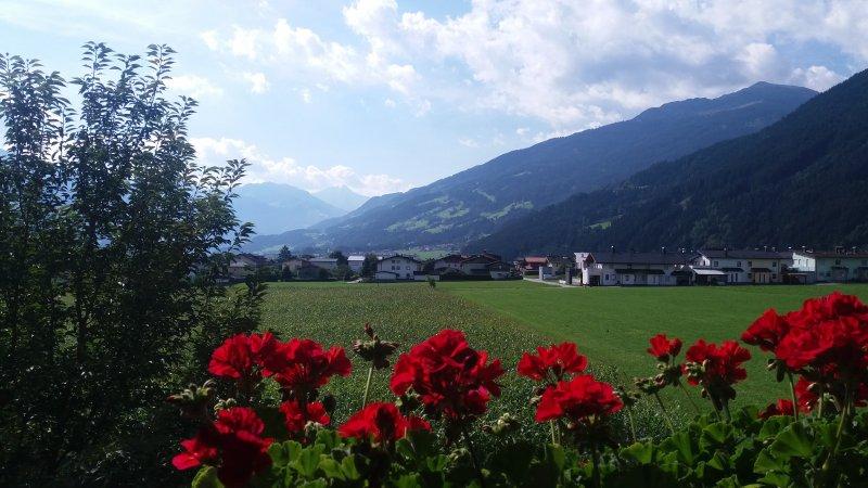 Ausblick vom Apart Tyrol im Zillertal